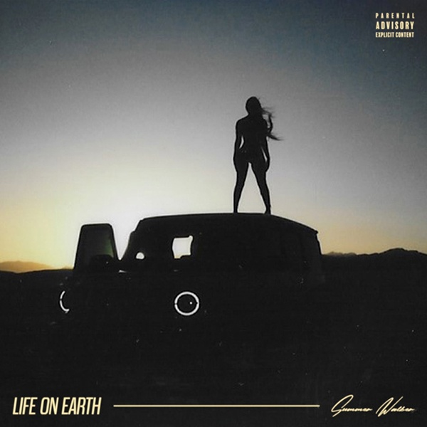 "Summer Walker dropped new EP ""Life On Earth"""